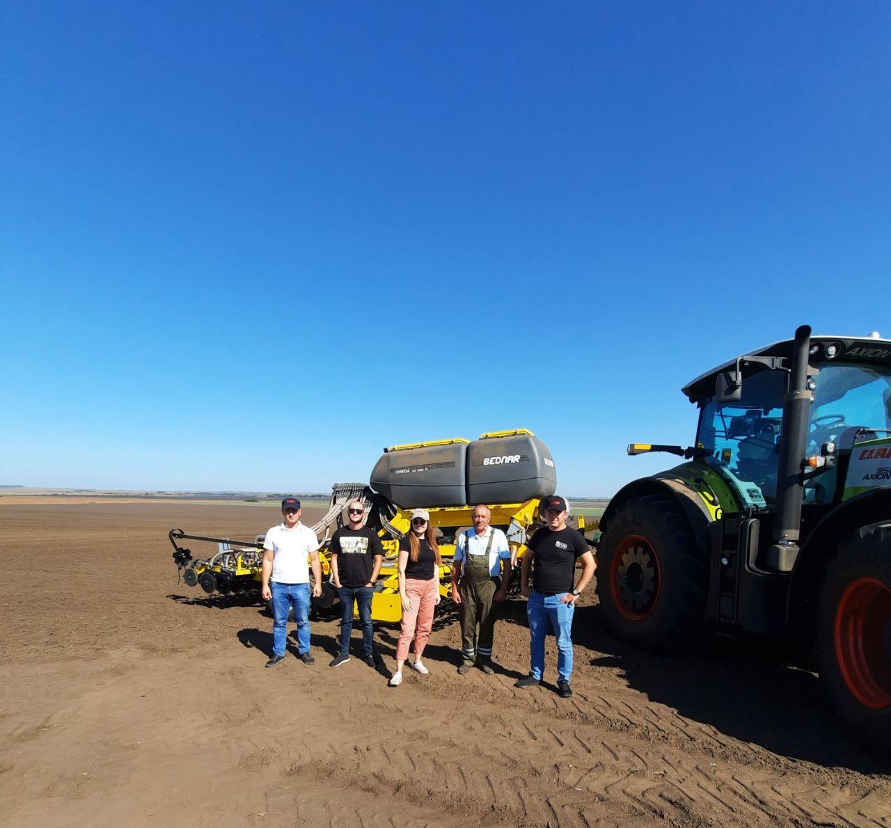 Посів пшениці сівалкою BEDNAR OMEGA OO 6000 FL